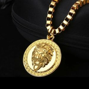 Other - 18k Gold Lion Head Pendant Necklace Medallion 30""
